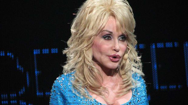 Dolly Parton Fans Upset Over Trump-Bashing At Emmys (Photo) Promo Image