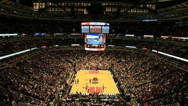 Bulls' Kris Dunn Falls, Leaves Teeth Marks On Court (Video) Promo Image