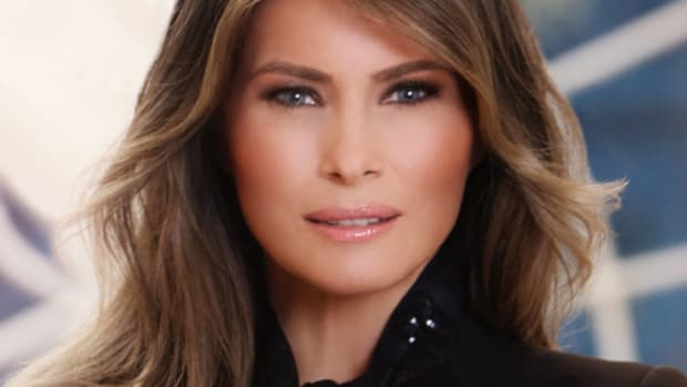 Melania's Body Decoded During 'Fire And Fury' Speech (Photos) Promo Image