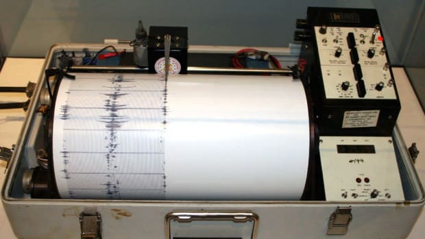 8.1 Magnitude Earthquake Strikes Off Coast Of Mexico (Photos) Promo Image
