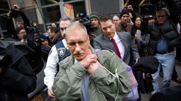 Finally free after 23 years, David Ranta suffers massive heart attack.