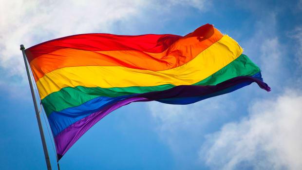 rainbow_flag_breeze_featured.jpg