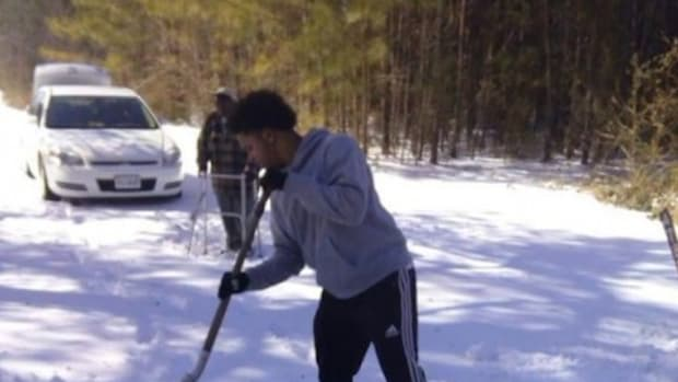 shoveling_featured.jpg