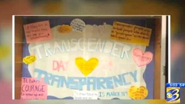 transgenderdisplay_featured.jpg
