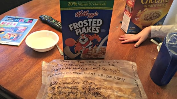 frostedflakes1_featured.jpg