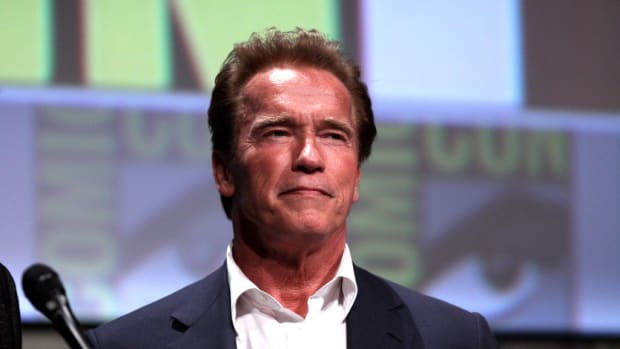 Picture Of Arnold Schwarzenegger Goes Viral (Photo) Promo Image