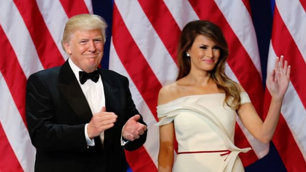 What's That Mark On Trump's Birthday Card From Melania? (Photos) Promo Image