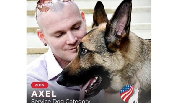 Captain Jason Haag and his service dog Axel