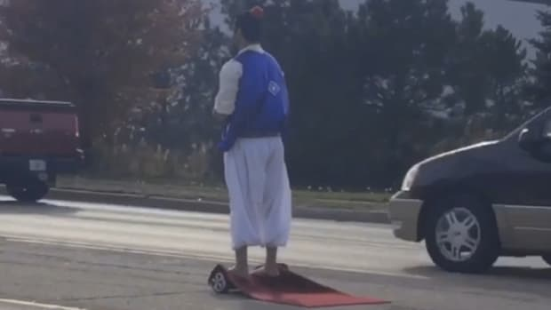 Mo Khan Dressed As Aladdin.