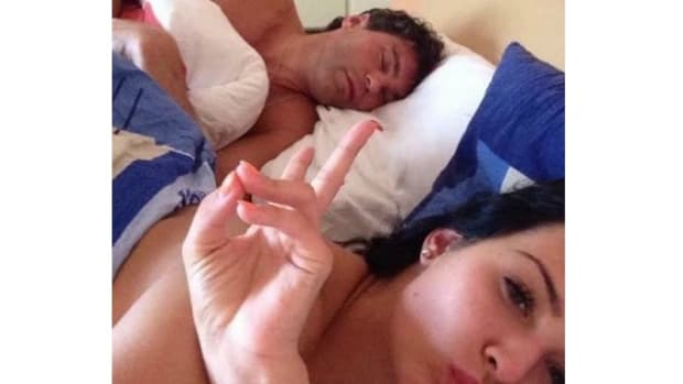 Model's post-sex selfie with Jaromir Jagr