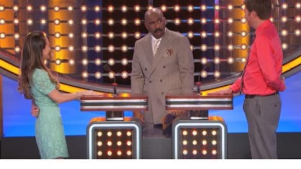 'Family Feud' Contestant Surprises Steve Harvey With Surprising Response (Video) Promo Image