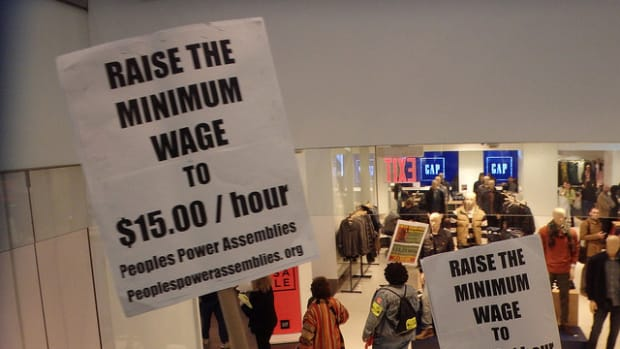 Alabama Passes Law Banning Minimum Wage Increase Promo Image