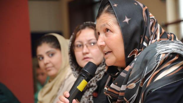 Women wearing the hijab.
