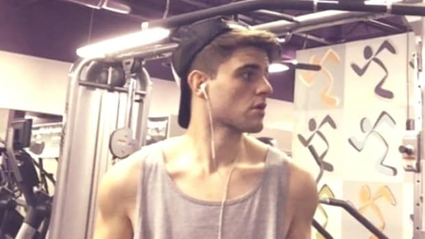 After Slimming Down, Man Looks Like Male Model (Video) Promo Image