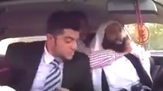 Saudi Taxi Driver Pretends To Be Suicide Bomber (Video) Promo Image