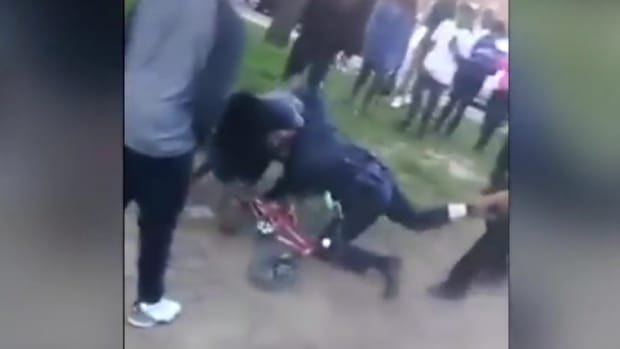 Tennessee Cop Attacked By Crowd During Arrest (Video) Promo Image