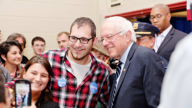 Bernie Sanders Campaigning in New Hampshire.