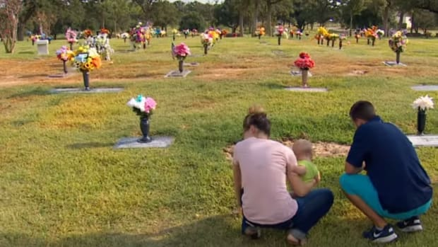 Family of Rosemary Milazzo at Oak Grove Cemetery