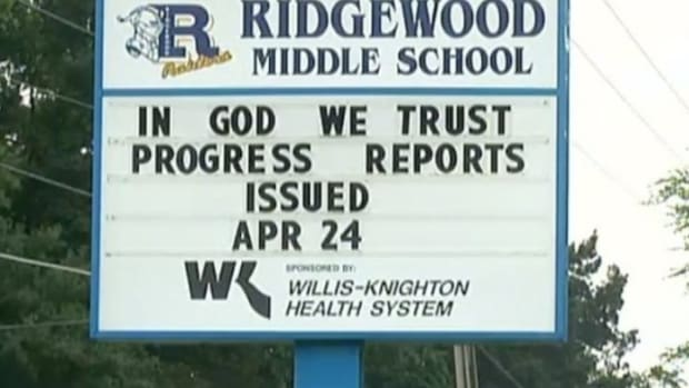 Ridgewood Middle School Sign.