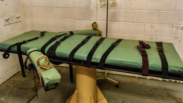 Report: Oklahoma Used Wrong Drug In Execution Promo Image
