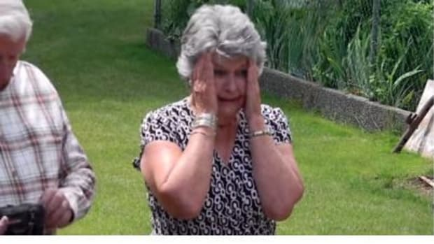 Grandma Sees Her Granddaughter's Prom Dress For First Time, Has Priceless Response (Video) Promo Image