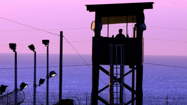 Republicans Vow To Block Obama's Guantanamo Plan Promo Image
