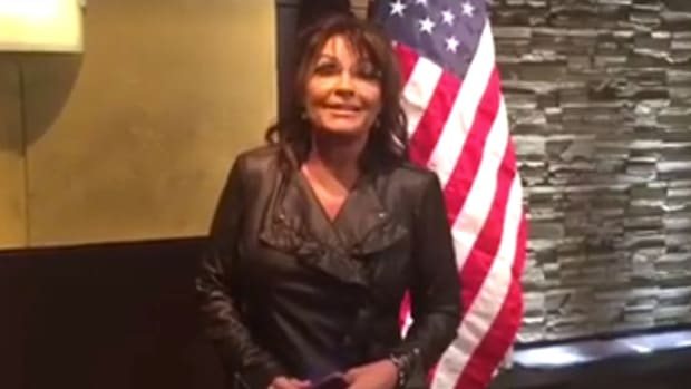 Sarah Palin: 'Smart Democrats' Should Vote Trump (Video) Promo Image