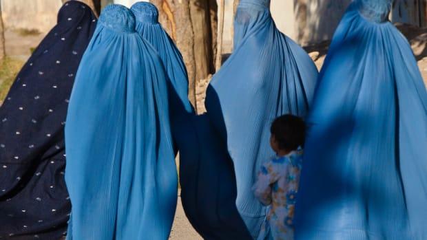 Women and children in Herat, Afghanistan