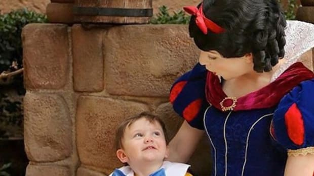 Mom Left At A Loss For Words After Seeing How Snow White Dealt With 2-Year-Old Autistic Son (Video) Promo Image