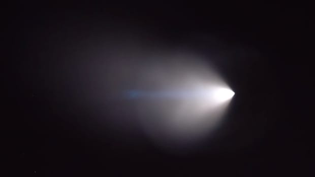 mysterious light over los angeles