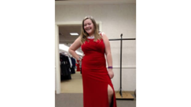 Picture of Lexi wearing the dress