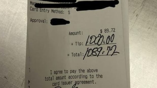 'It Was Shocking': Waitress Surprised By What Truck Driver Wrote In Tip Line Of Receipt (Photo) Promo Image