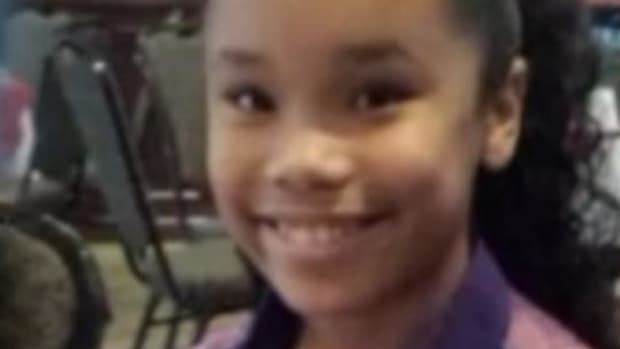 Dentist Notices Something Strange About 11-Year-Old Girl's Eyes, Saves Her Life Promo Image