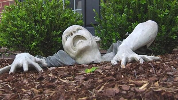 HOA Orders Man To Remove Zombie Statue From Front Yard Promo Image