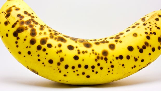 Spotted Bananas Have Surprising Health Benefits (Video) Promo Image
