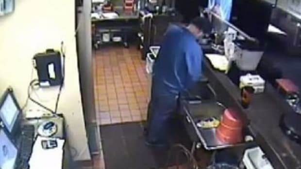 Pizza Hut Location Shut Down After Horrifying Footage Of Manager Emerges (Video) Promo Image
