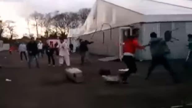 screenshot, refugee brawl