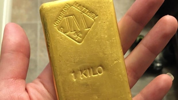 Plumber Finds $50K In Gold Underneath Bathtub (Photos) Promo Image