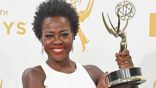 Viola Davis holding Emmy trophy