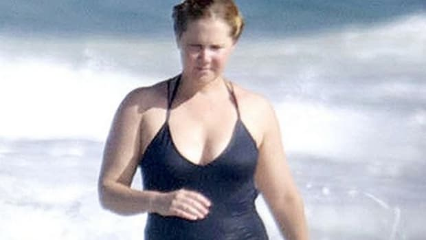 Amy Schumer Defends Her Bathing Suit Picture Promo Image