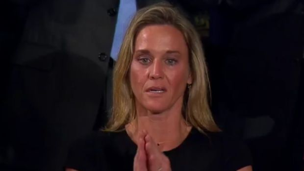 Did Democrats Refuse To Stand Or Applaud Fallen SEAL? (Video) Promo Image