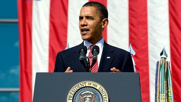 Obama Addresses Golden Globe Guests With Surprise Letter Promo Image