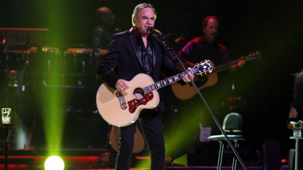 Neil Diamond Retires From Touring After Diagnosis Promo Image