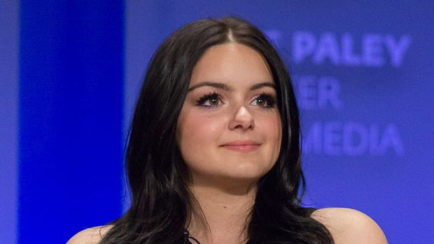 Ariel Winter's Outfit Sparks Controversy (Photos) Promo Image