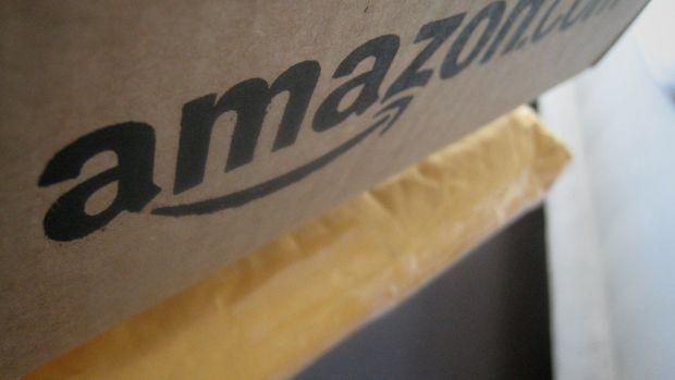 'Slavery' Shirt On Amazon Sparks Outrage Across Internet Promo Image