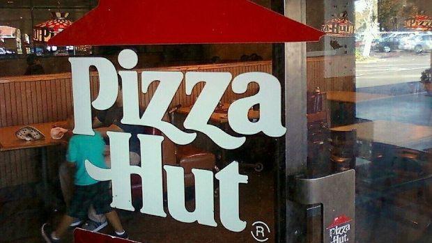 Pizza Hut Workers Warned Against Fleeing Hurricane Irma (Photo) Promo Image