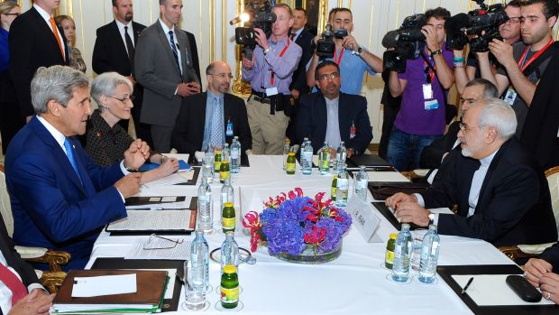 secretary_kerry_iranian_foreign_minister_zarif_sit_down_for_second_day_of_nuclear_talks_in_vienna_featured.jpg