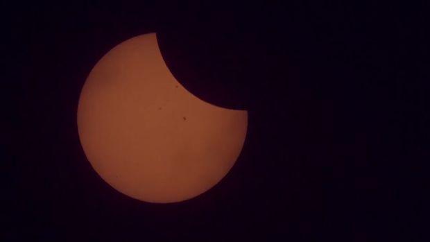 20170822_Flat-EarthersSolarEclipse_BIM_THUMB.jpg