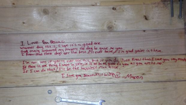 Man Finds Touching Note From Late Father To His Wife Promo Image