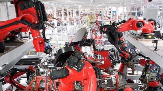 Chinese Factory Replaces 90% Of Workers With Robots Promo Image
